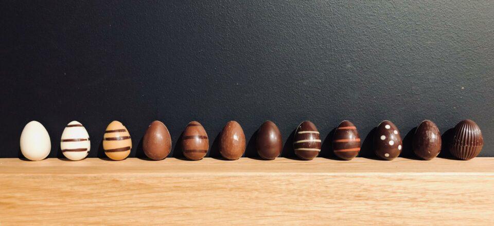 oeufs en chocolat carre noir